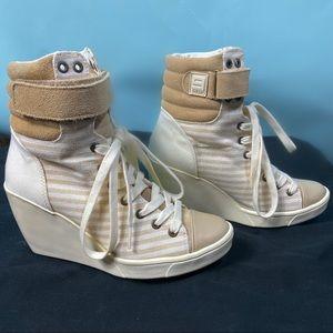 9 Nine West Wedge Bootie Sneakers Size 6